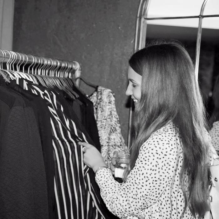 kleider bauer pre-sale