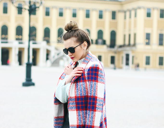 black sunglasses plaid coat outfit - fashion blogger