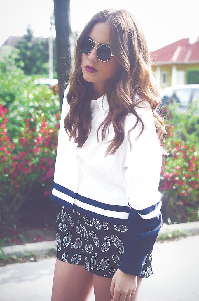 round sunglasses paisley print white shirt