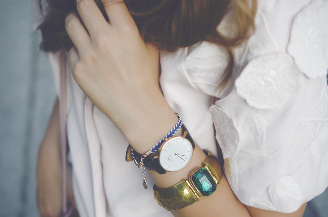 accessories details