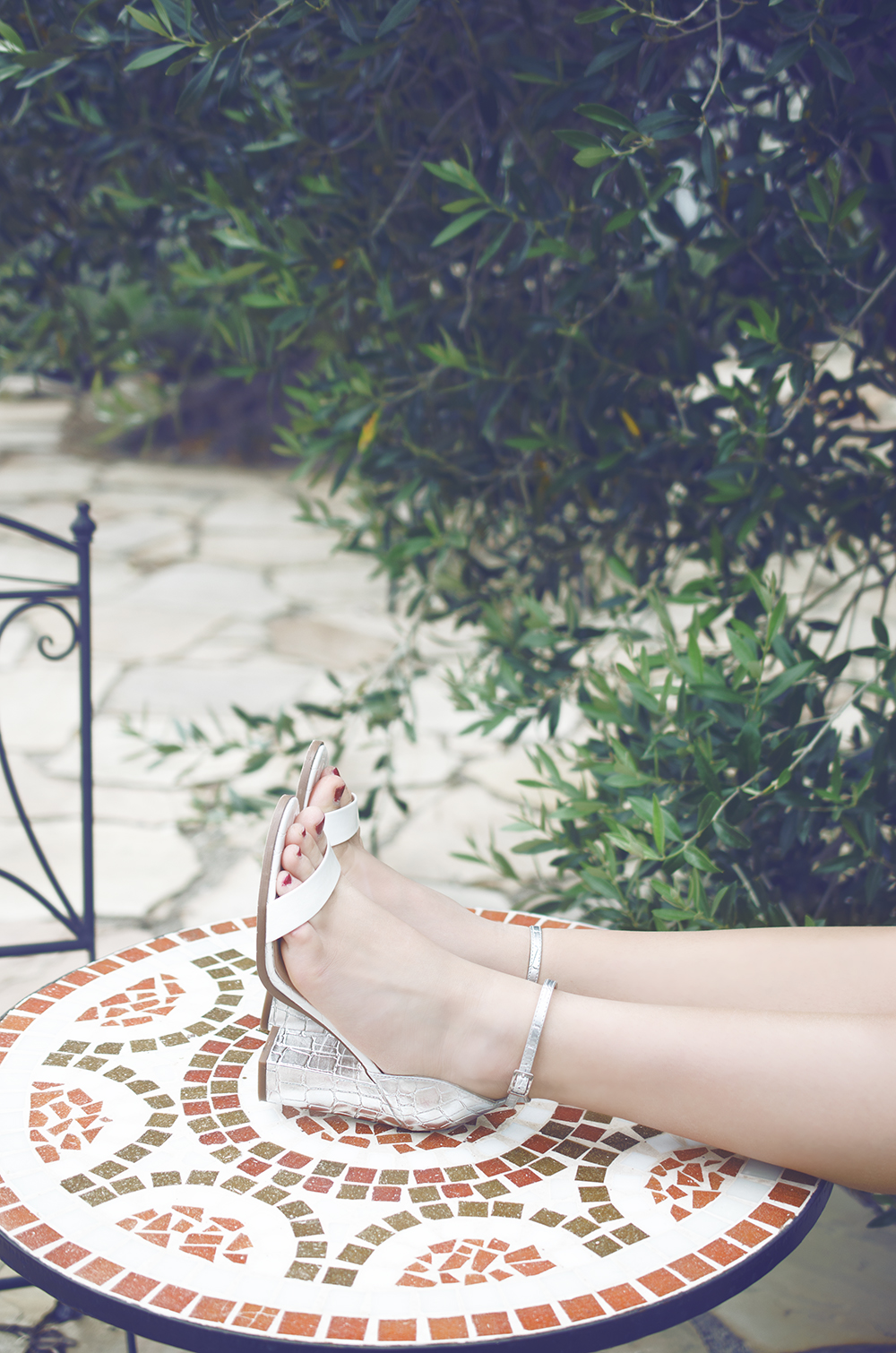 silver high heels aldo