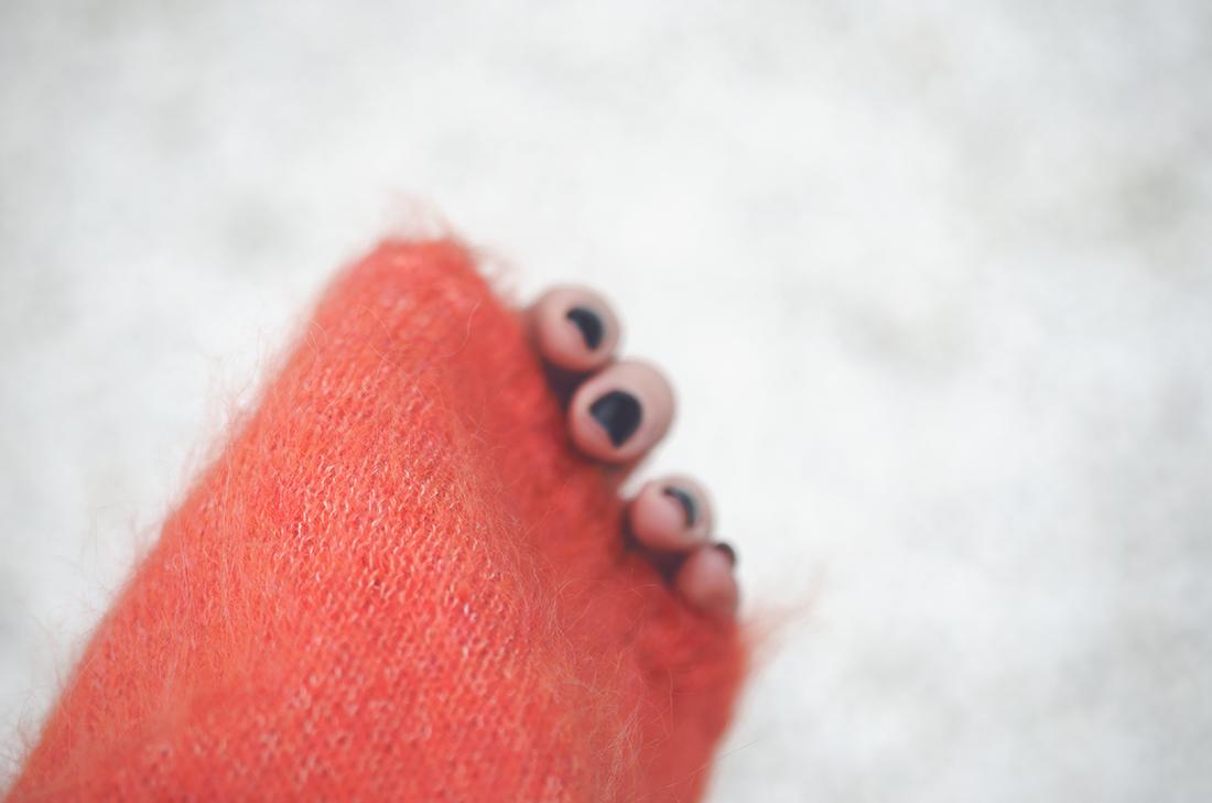 cozy sweater - fleur de mode - hristina micevska