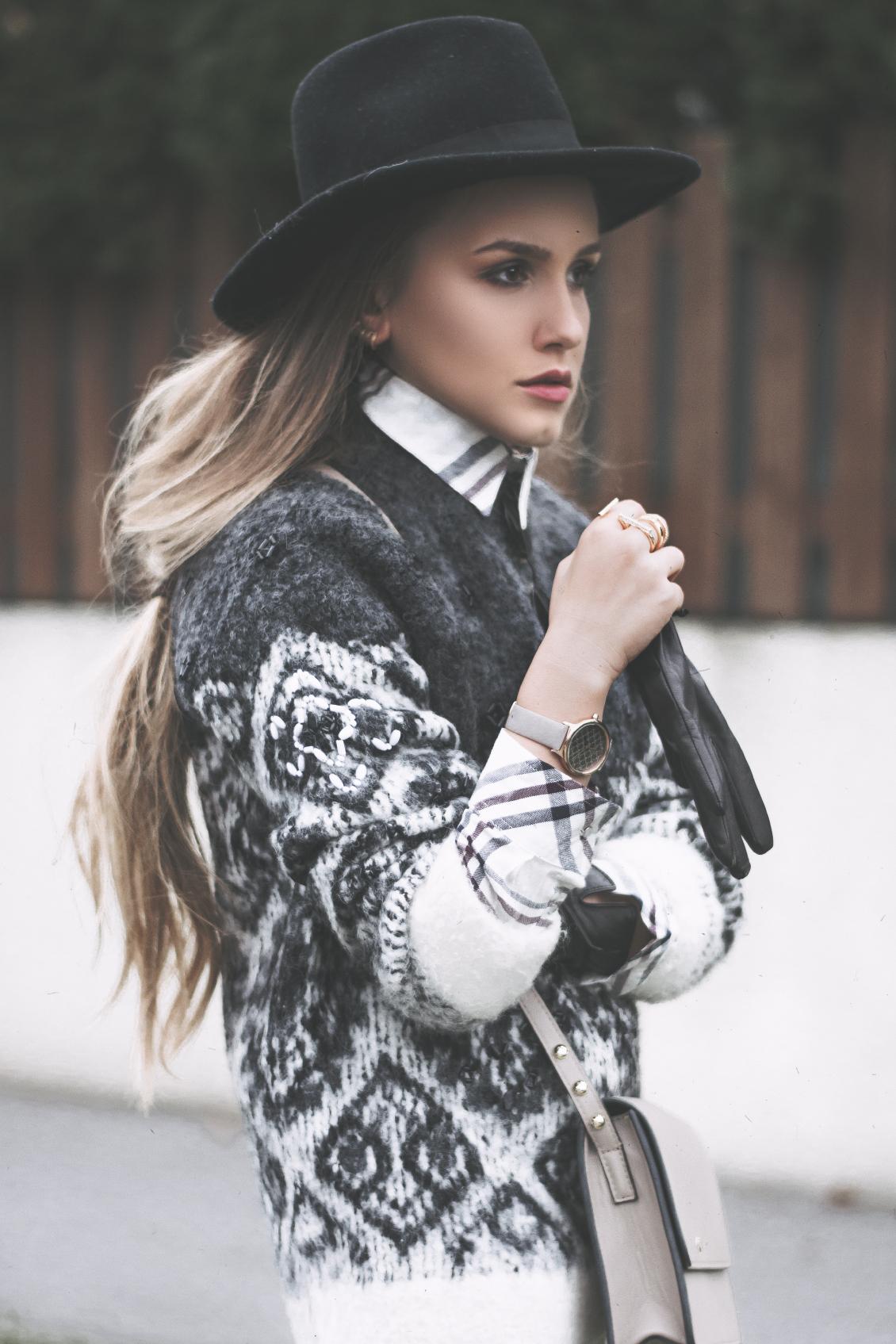 Kombination Hemd und Pullover