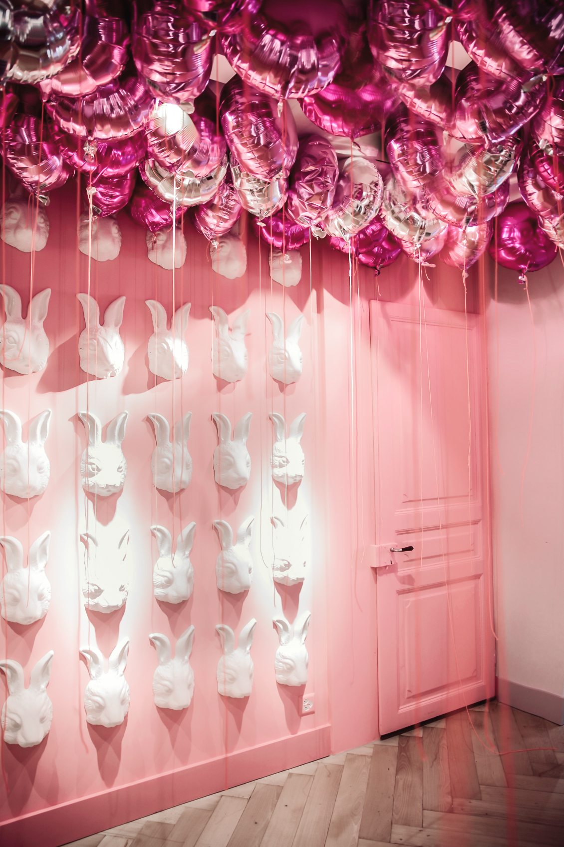 Interior Rabbits - Tally Weijl Concept Store