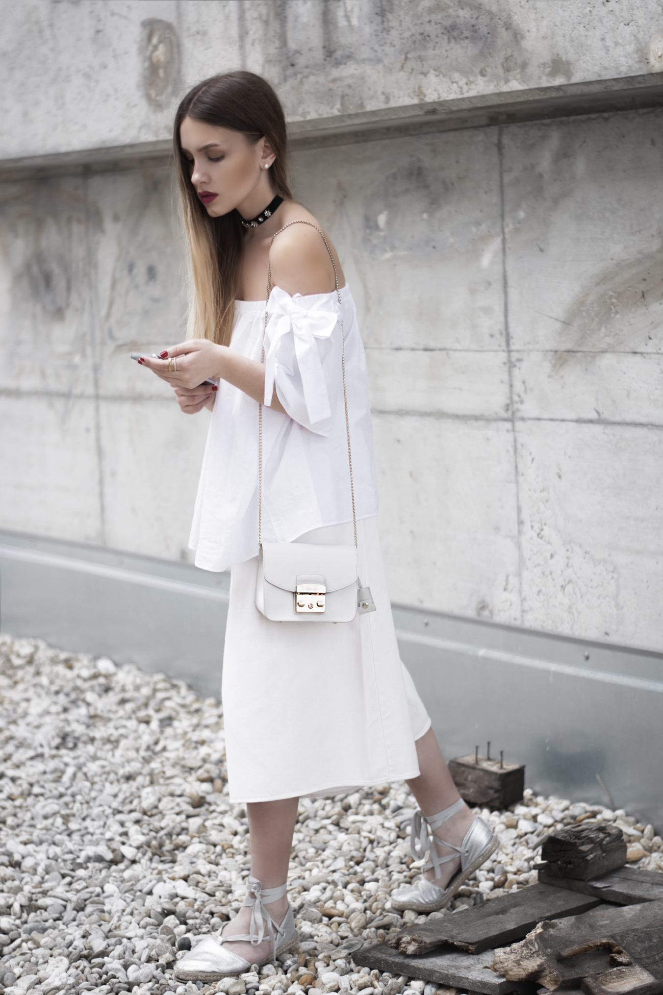 white off-shoulder top and culottes @fleurdemode