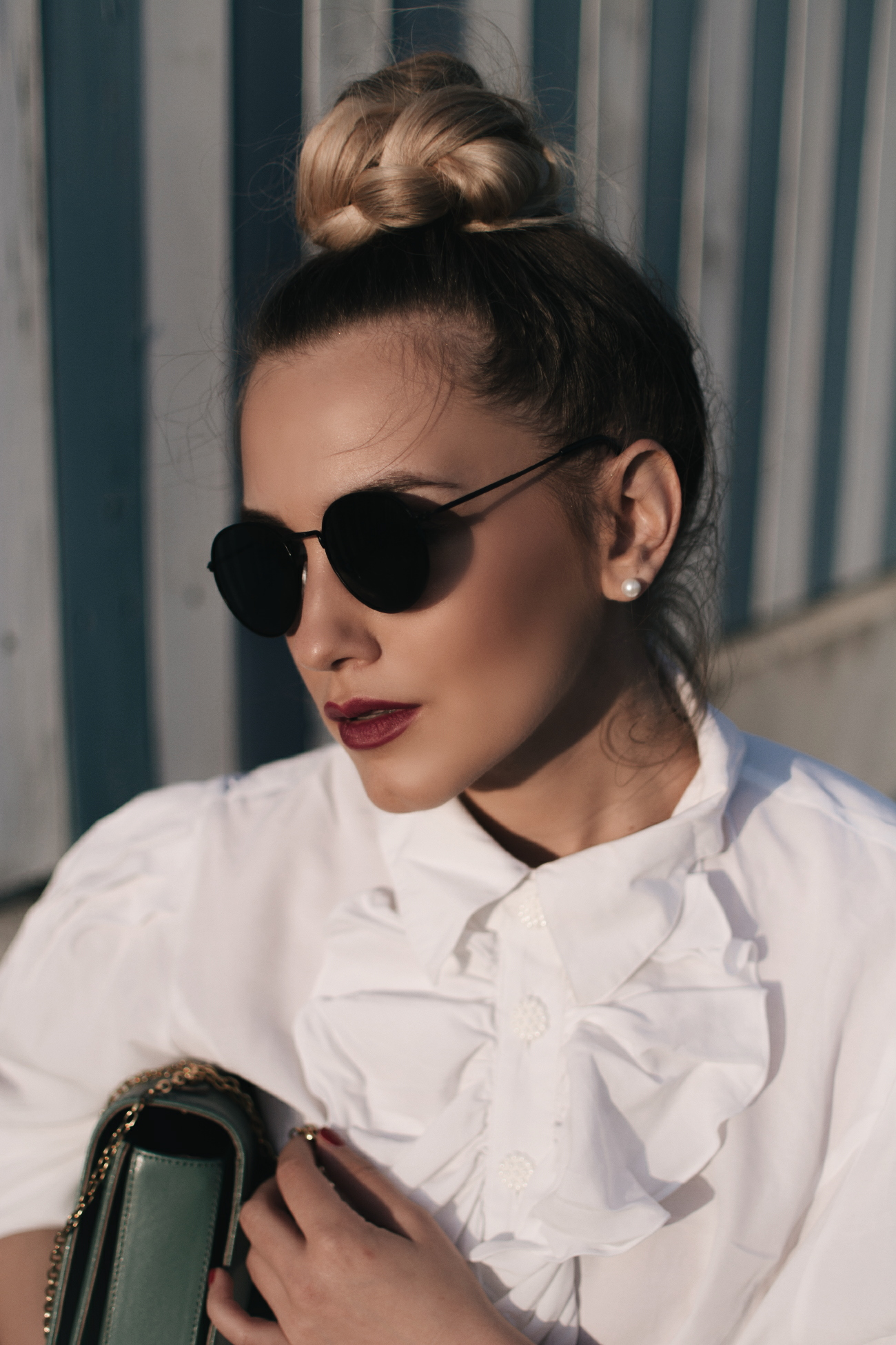 Black round sunglasses & braided dutt via @fleurdemode